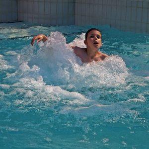 avis distributeur de chlore pour piscine